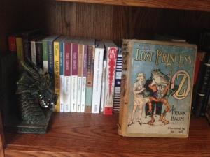 Bookshelf 2 Detail